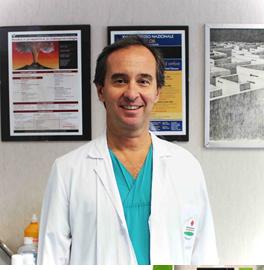 Dr. Cristiano Giardiello el cirujano del programa de TV Mi vida con 300 kilos: Italia